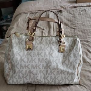 Gently used Michael Kors Handbag